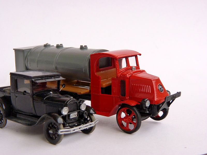 1928 Model A Ford Pickup Truck, 1:87 P1100019