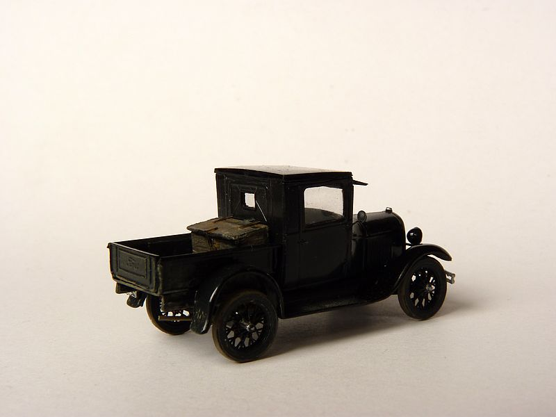 1928 Model A Ford Pickup Truck, 1:87 P1100110