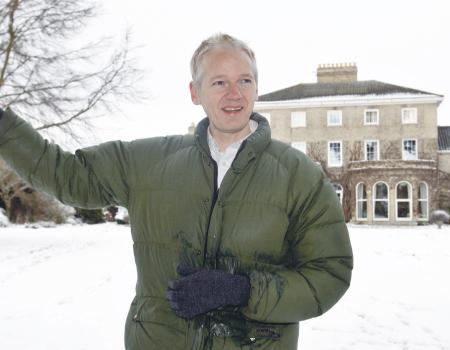 مؤسس ويكيليكس يقدم برنامجا تلفزيونيا 1f415510
