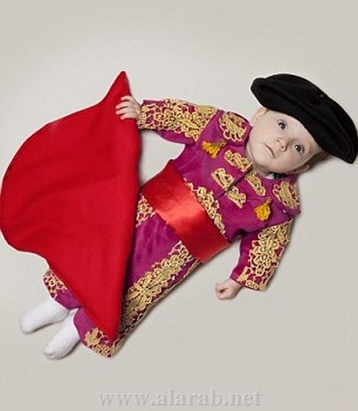 بالصور : فرنسي يتخيل مستقبل رضيعته من راقصة باليه إلى جزارة 20120316