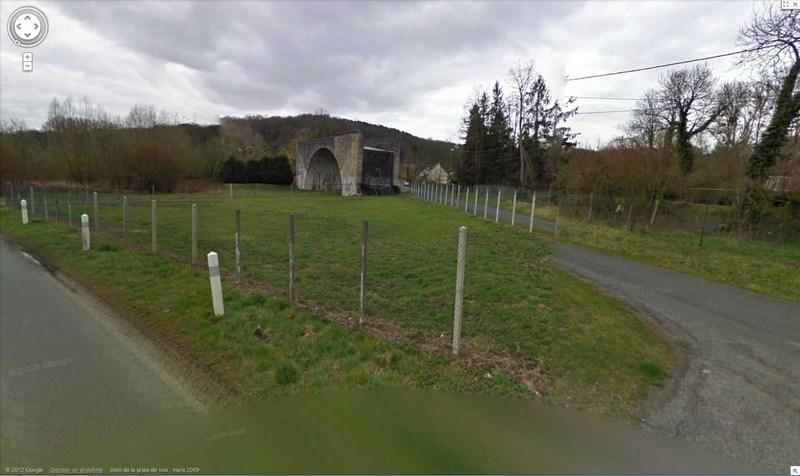 Le pont ... sans voie à Saint-Vaast-de-Longmont, Oise, Picardie - France 2012-194