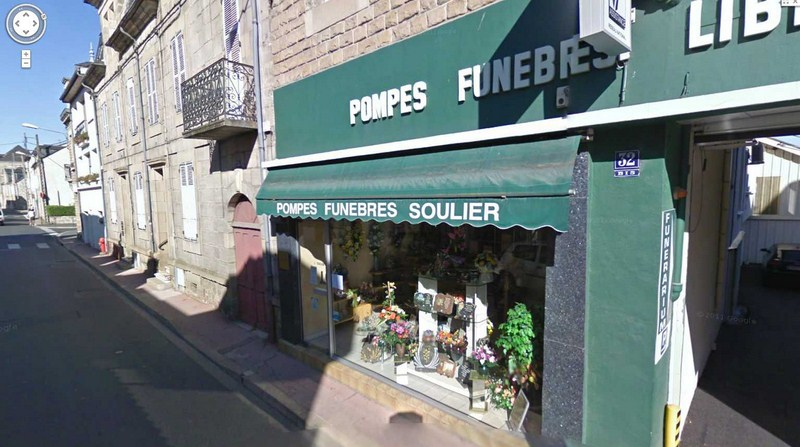 STREET VIEW : les façades de magasins (France) - Page 3 2012-279