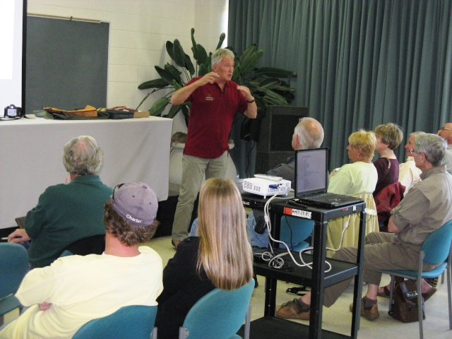 Walter Pall at the Carolina Bonsai Expo Pictur13