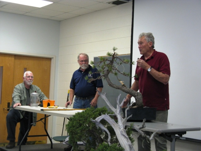 Walter Pall at the Carolina Bonsai Expo Pictur19