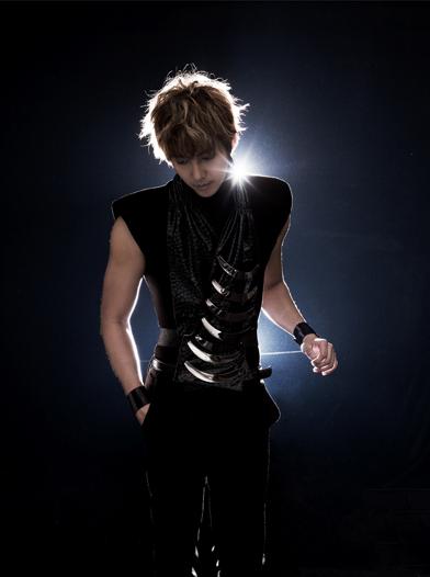 [SOLO] 07/2012 - Kim Hyung Jun Mini Album < ESCAPE > 001010