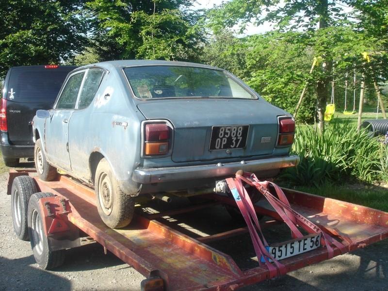 une 100A 2 portes Datsun18
