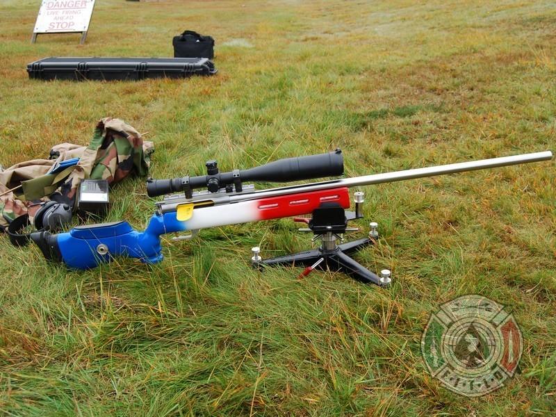 photos de vos armes TLD - Page 3 Dsc57110