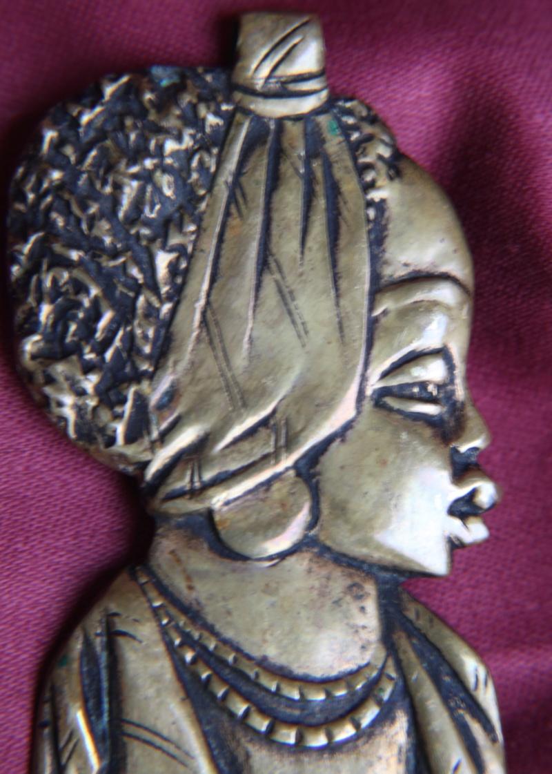 Broche -pendentif  bronze  Img_1540