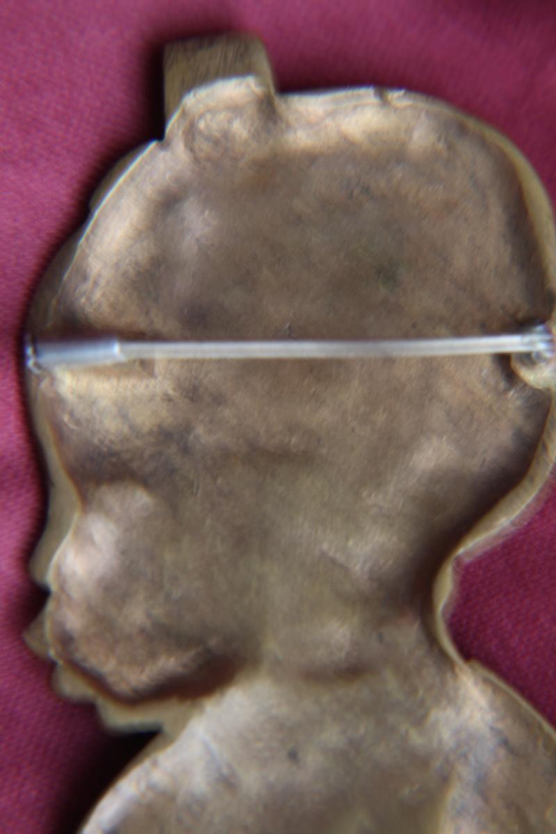 Broche -pendentif  bronze  Img_1541