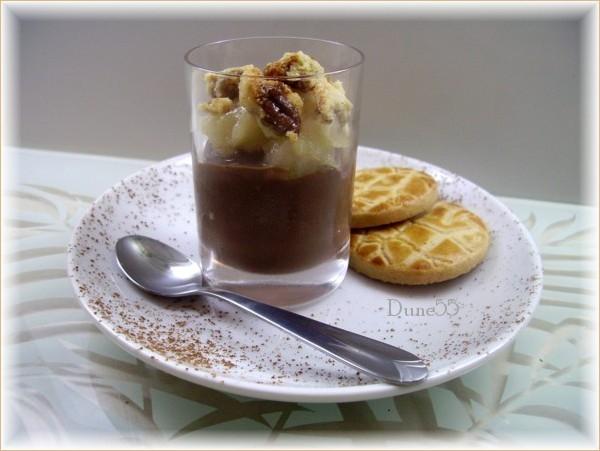 Crumble aux poires et au chocolat (verrine) 18215210