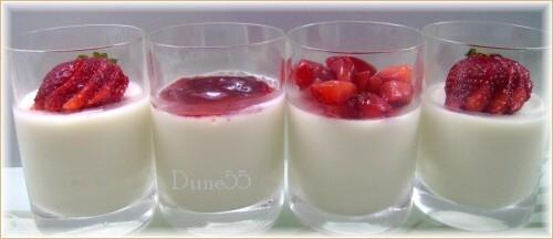 Panna cotta aux petits fruits 81736510