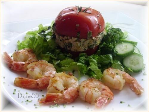 Une entrée/repas : Mille-feuilles de thon-tomates Pict0310