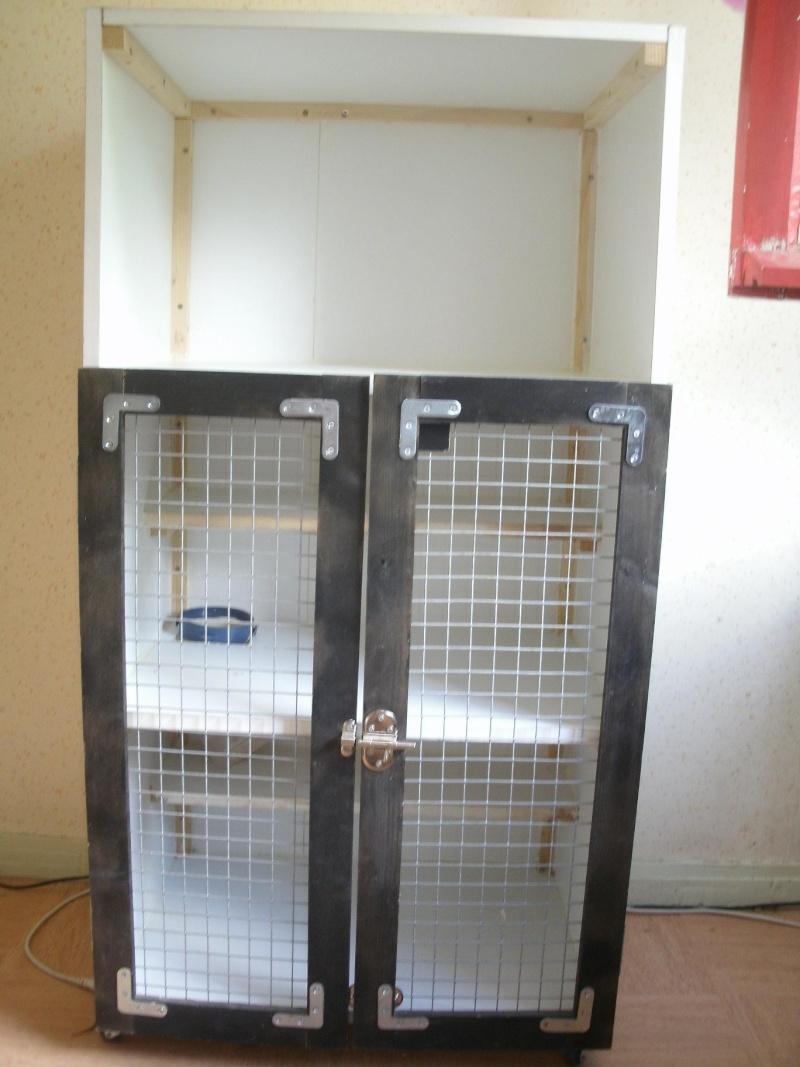 cage maison en mélaminé Gedc0815