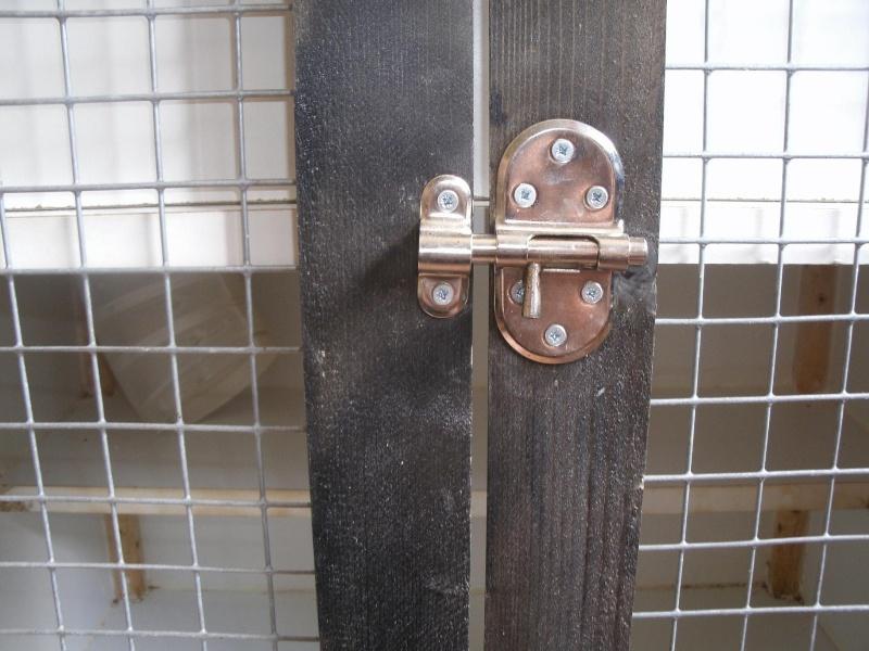 cage maison en mélaminé Gedc0822