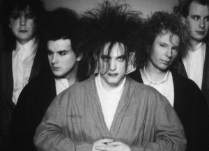 The Cure - Page 3 The-cu11
