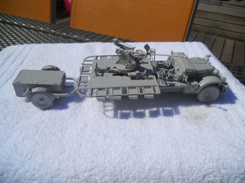 Sdkfz - 10/4 with flak (peinture en cours) Sdkfz_11