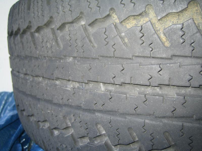 (Vendu]4  roues neige CONTINENTAL pour VIANO Img_0714