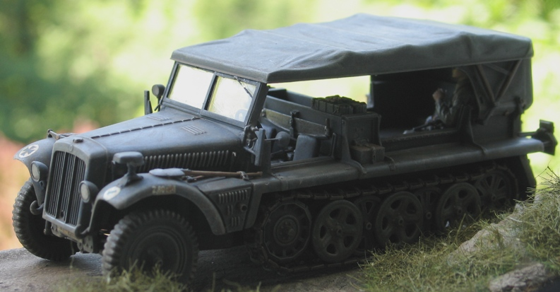 Sd.Kfz.10 Demag 7 (rabiot+scratch) Italeri 1/35   FINI! - Page 2 Img_0139