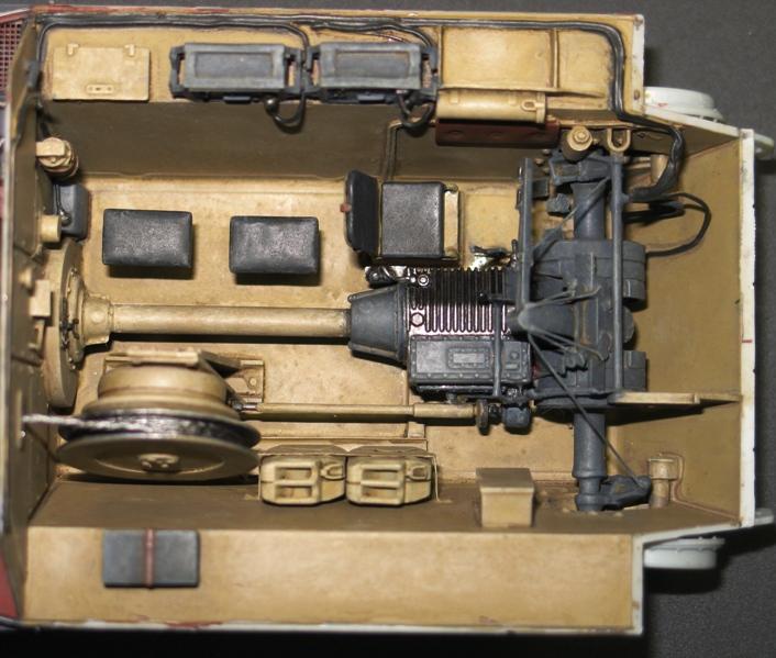 Bergepanzer Hetzer  Thunder Model 1/35 - Page 2 Img_0226