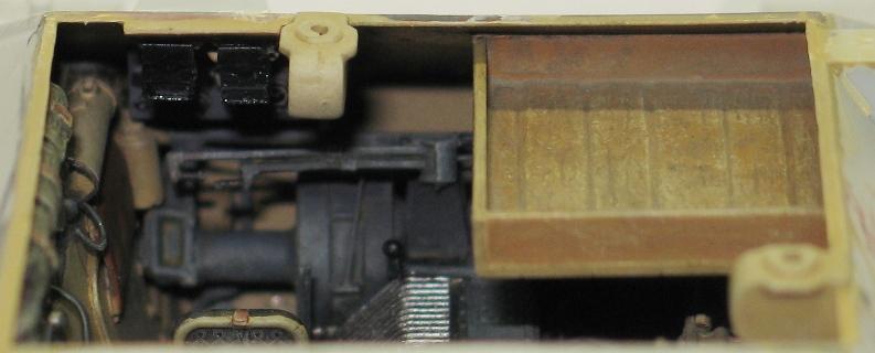 Bergepanzer Hetzer  Thunder Model 1/35 - Page 2 Img_0227
