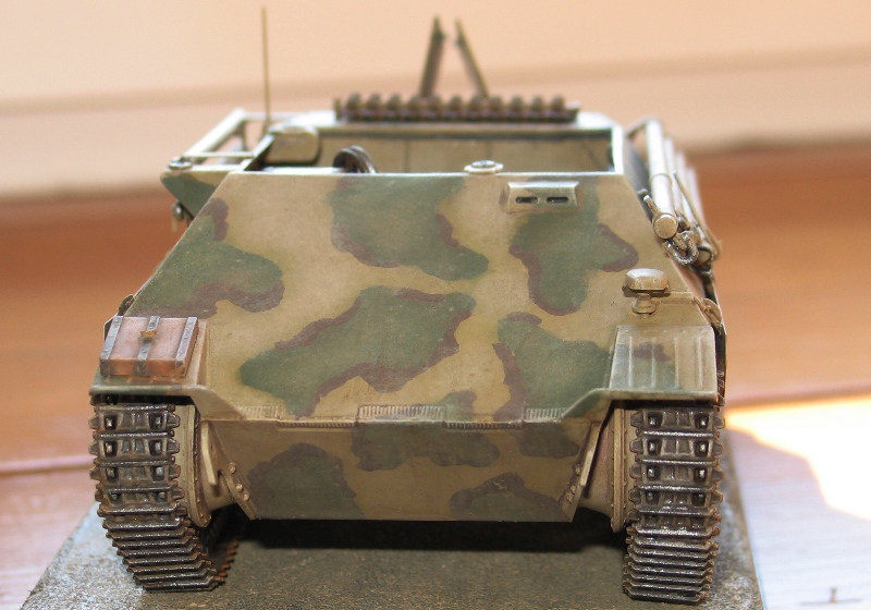 Bergepanzer Hetzer  Thunder Model 1/35 - Page 3 Img_0236