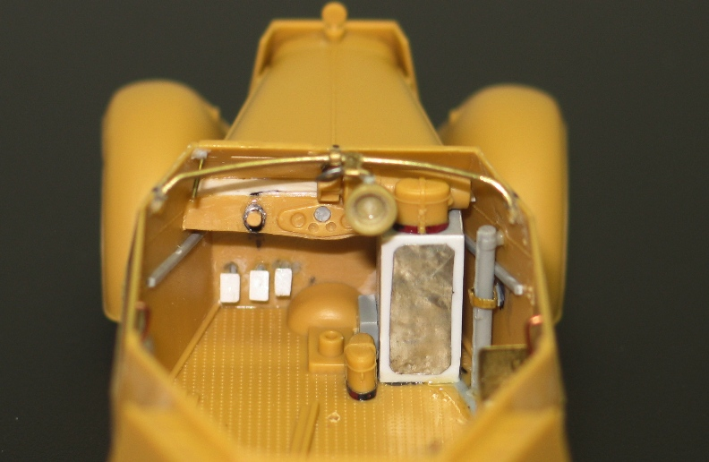 Kfz13 Adler Bronco 1/35 Img_0419