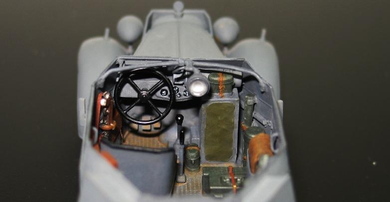 Kfz13 Adler Bronco 1/35 Img_0429