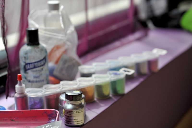 Glitter Jar Palette? Anyone use this? 02n_sh10