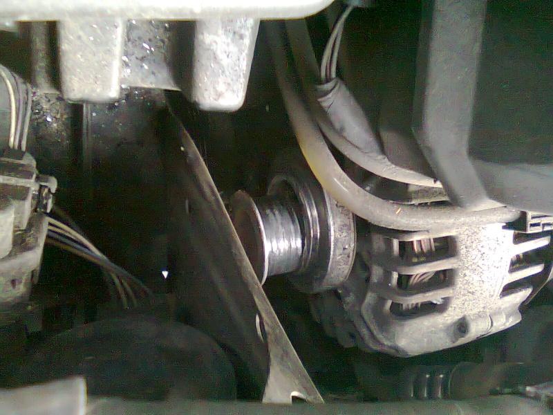 [ Renault clio 1.2 essence campus an 2005 ] retendre la courroie dl'alternateur (résolu + TUTO ) Photo040
