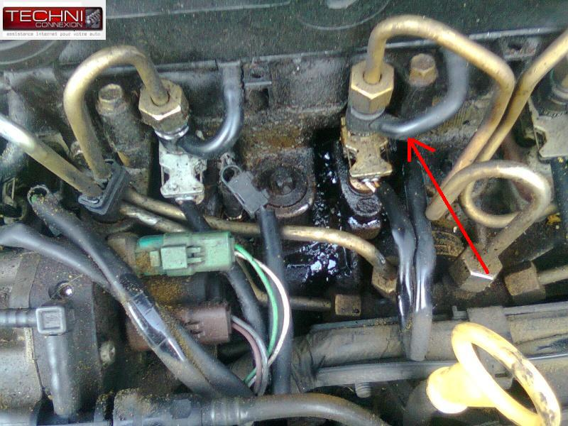 [ Renault Clio 2 1.5 DCI an 2002 ] fuite sur injecteur ( Resolu ) + ( tuto ) Photo048