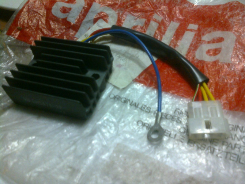 REGULATOR RECTIFIER RS 125 ROTAX 123/ 96-98 FOR SALE (NEW) Photo111