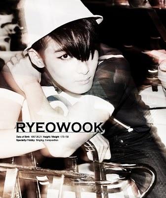 Présentation des Super Junior  Ryeowo10