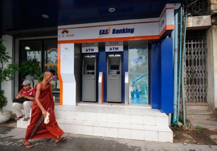 La Birmanie s'ouvre au business venu de l'Ouest 0407-b10