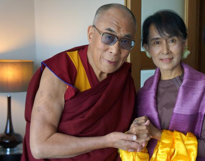 Daw Aung San Suu Kyi - Page 2 24651610