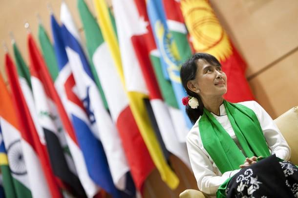 Daw Aung San Suu Kyi - Page 2 55612910