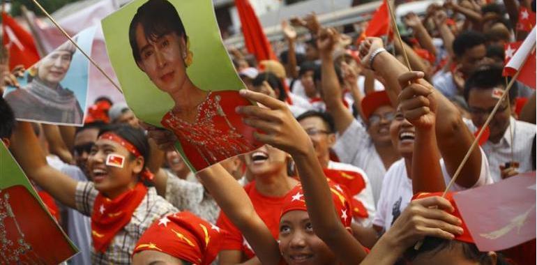 Birmanie - un zest d'ouverture de facade - Page 3 Jpg10