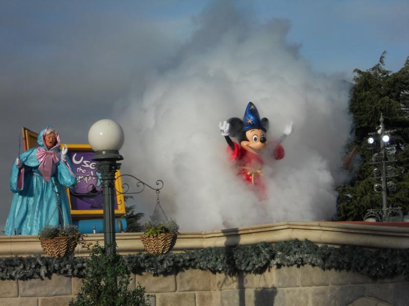 La Célébration Magique de Mickey à partir du 6 avril 2011 - Page 3 Dscn1111