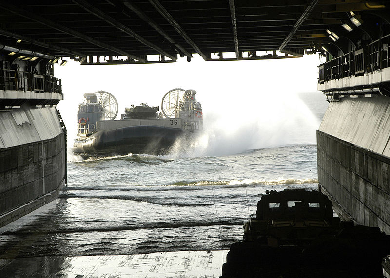 USS WASP LHD 1 - Page 2 800px-10