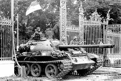 the making of UPRISING, Prague 1945 Saigon10