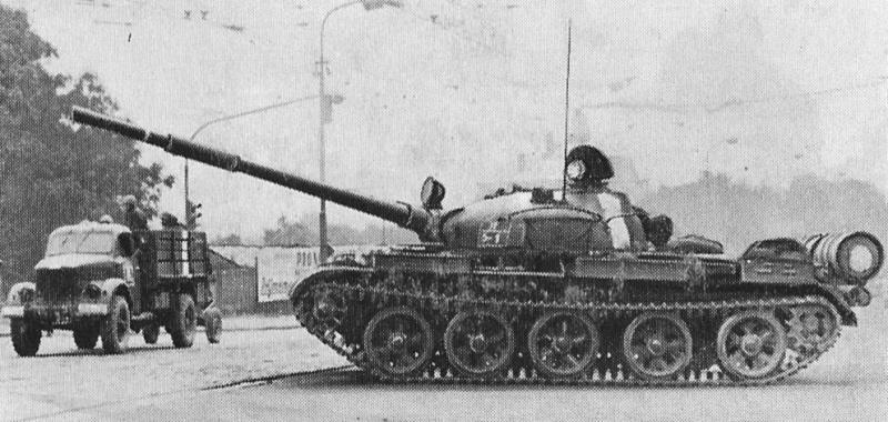 Russian T-62 Model 1962 T62pra10