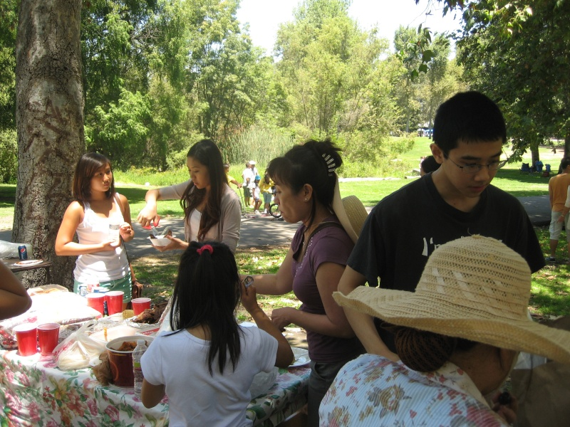Võ Lâm Việt Nam -- Summer Yearly Picnic at Huntington Beach Library -- Sunday July 01, 2012 Img_2413