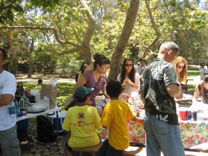 Võ Lâm Việt Nam -- Summer Yearly Picnic at Huntington Beach Library -- Sunday July 01, 2012 Img_2424