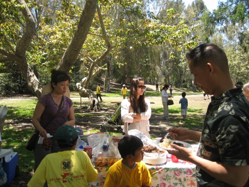 Võ Lâm Việt Nam -- Summer Yearly Picnic at Huntington Beach Library -- Sunday July 01, 2012 Img_2426