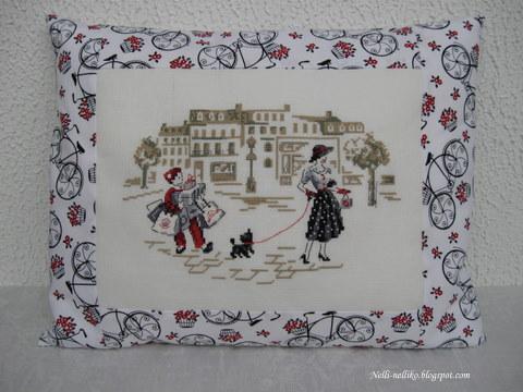 La dame au petit chien Img_4410