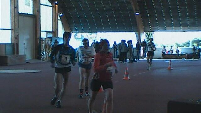5000m marche samedi 11/2/2012 14 h30 à Viry (91) Hpnx1311