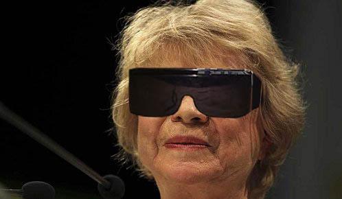 Que faire avec des lunettes 3D ? Eva_jo10