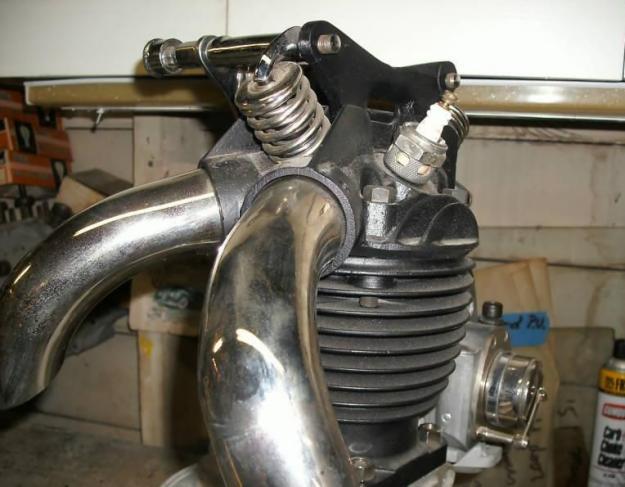 Harley-Davidson – Peashooter - 21.35ci (350 cc)  - Page 4 12663512