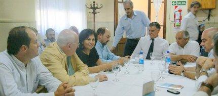 Lobería: Alicia Kirchner sigue sumando. 001230