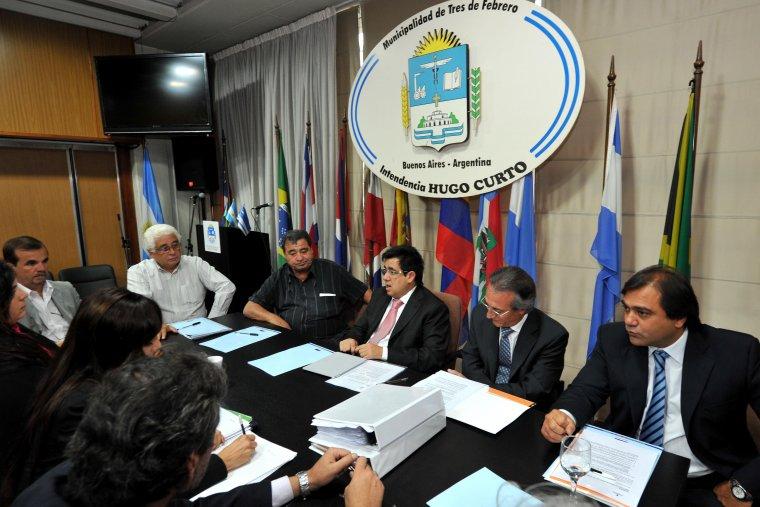 Tres de Febrero: Asumen nuevas autoridades en el Comité de la Cuenca Río Reconquista. 00177