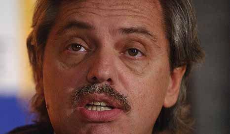 Alberto Fernández cuestionó a Cristina y apoyó a Scioli 00215